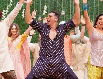 Akshay Hits 3rd Double Century with Good Newwz